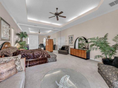 8190-Lake-Ross-Ln--Sanford--FL-32771----25---Master-Bedroom.jpg