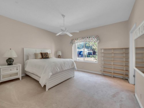 8190-Lake-Ross-Ln--Sanford--FL-32771----32---Bedroom.jpg