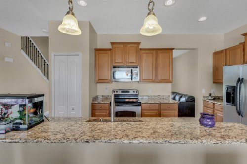 1336-Lattimore-Dr--Clermont--FL-34711----10---Kitchen.jpg