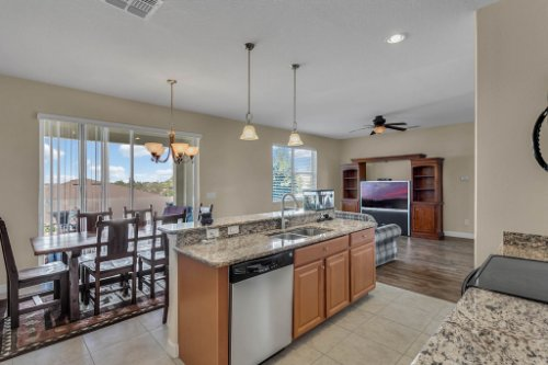 1336-Lattimore-Dr--Clermont--FL-34711----11---Kitchen.jpg