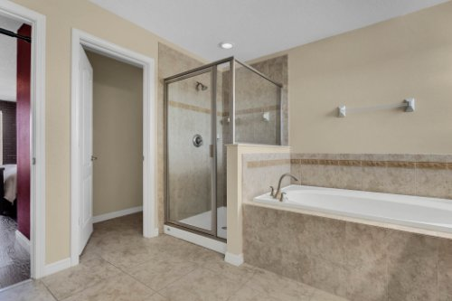 1336-Lattimore-Dr--Clermont--FL-34711----20---Master-Bathroom.jpg