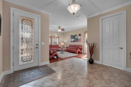 742-Cristaldi-Way--Longwood--FL-32779---05---Foyer.jpg