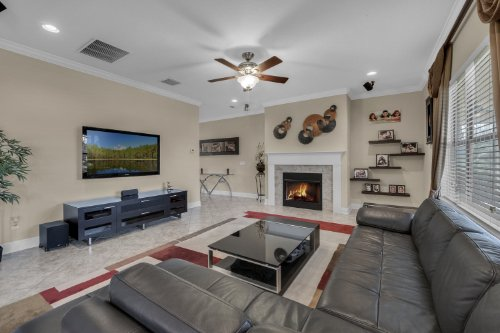 742-Cristaldi-Way--Longwood--FL-32779---12---Family-Room.jpg