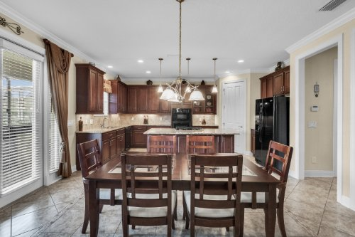 742-Cristaldi-Way--Longwood--FL-32779---16---Breakfast-Nook.jpg