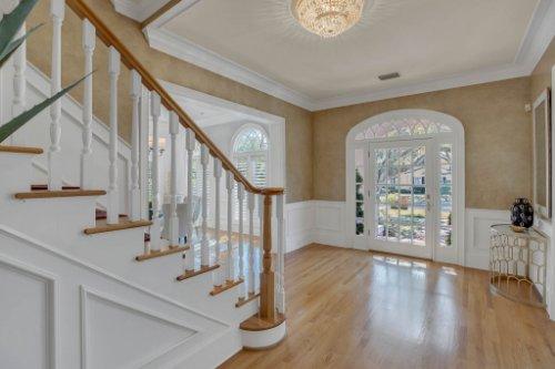 4805-W-Woodmere-Rd.-Tampa--FL-33609--03--Foyer-1----2.jpg