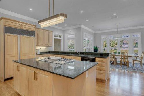 4805-W-Woodmere-Rd.-Tampa--FL-33609--13--Kitchen-1----3.jpg