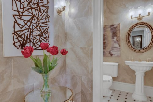 4805-W-Woodmere-Rd.-Tampa--FL-33609--25--Powder-Room.jpg