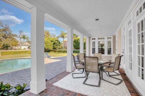 4805-W-Woodmere-Rd.-Tampa--FL-33609--43--Porch-1---1.jpg