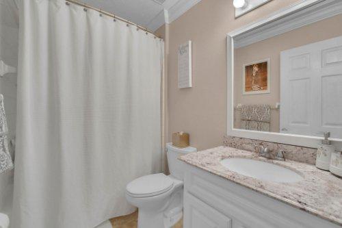 2801-Strand-Loop-Ct--Oviedo--FL-32765---29---Bathroom.jpg