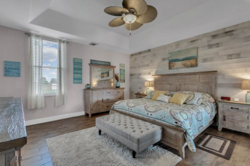 18914-Starcrest-Ln--Clermont--FL-34715----16---Master-Bedroom.jpg