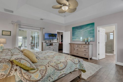 18914-Starcrest-Ln--Clermont--FL-34715----17---Master-Bedroom.jpg