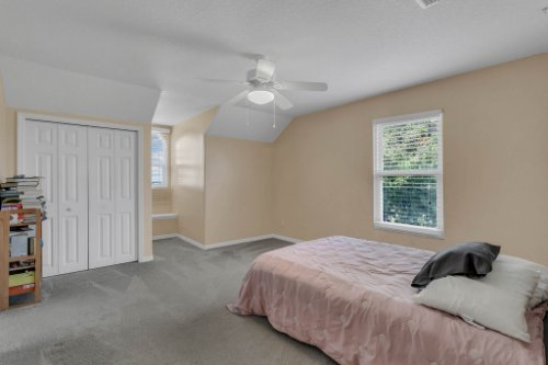 18914-Starcrest-Ln--Clermont--FL-34715----21---Bedroom.jpg