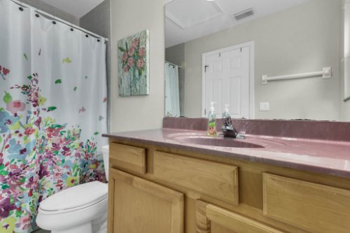 18914-Starcrest-Ln--Clermont--FL-34715----27---Bathroom.jpg