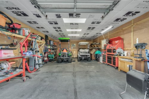 18914-Starcrest-Ln--Clermont--FL-34715----30---Garage.jpg