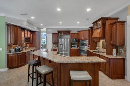 8578-Cypress-Ridge-Ct--Sanford--FL-32771----12---Kitchen.jpg