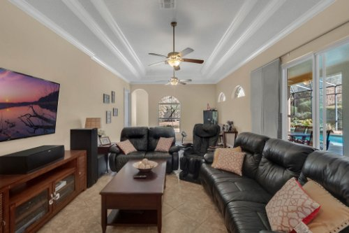 8578-Cypress-Ridge-Ct--Sanford--FL-32771----17---Family-Room.jpg