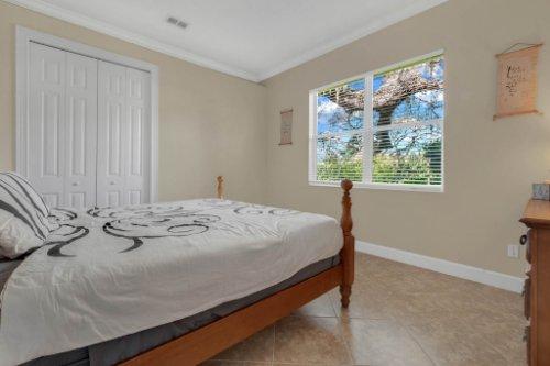 8578-Cypress-Ridge-Ct--Sanford--FL-32771----27---Bedroom.jpg
