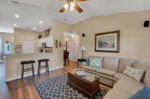 1625-Stoneywood-Way--Apopka--FL-32712----08---Family-Room.jpg