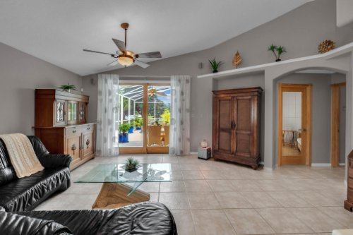 7909-Oakstone-Ct--Orlando--FL-32822----10---Family-Room.jpg