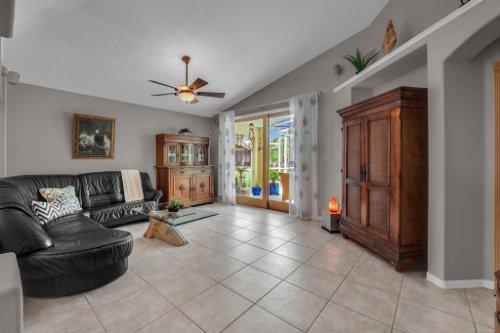 7909-Oakstone-Ct--Orlando--FL-32822----12---Family-Room.jpg