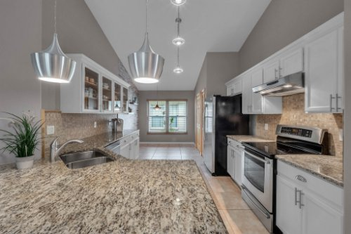 7909-Oakstone-Ct--Orlando--FL-32822----15---Kitchen.jpg