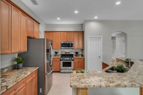 6114-Indian-Meadow-St--Orlando--FL-32819----12---Kitchen.jpg