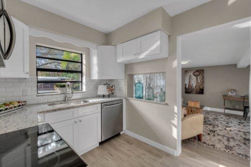 1103-Briercliff-Dr--Orlando--FL-32806-Aerial----12---Kitchen.jpg