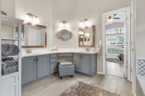 948-Woodcraft-Dr--Apopka--FL-32712---15---Master-Bathroom.jpg