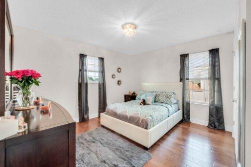 9819-Royal-Vista-Ave--Clermont--FL-34711----18---Bedroom.jpg