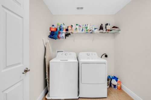 9819-Royal-Vista-Ave--Clermont--FL-34711----19---Laundry.jpg