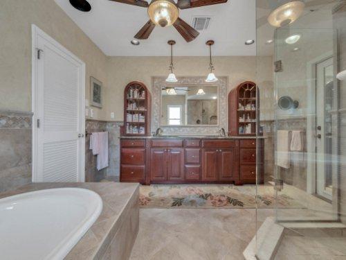 521-Virginia-Dr--Winter-Park--FL-32789----06---Master-Bathroom.jpg