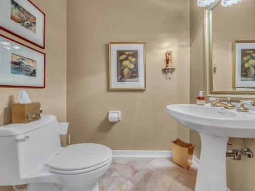 521-Virginia-Dr--Winter-Park--FL-32789----23---Bathroom.jpg
