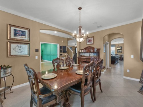 11861-Cave-Run-Ave--Windermere--FL-34786---07---Dining-Room.jpg