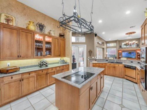 960-Brightwater-Cir--Maitland--FL-32751---14---Kitchen.jpg