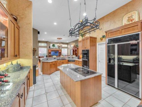 960-Brightwater-Cir--Maitland--FL-32751---17---Kitchen.jpg