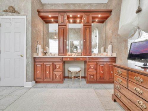 960-Brightwater-Cir--Maitland--FL-32751---32---Master-Bathroom.jpg