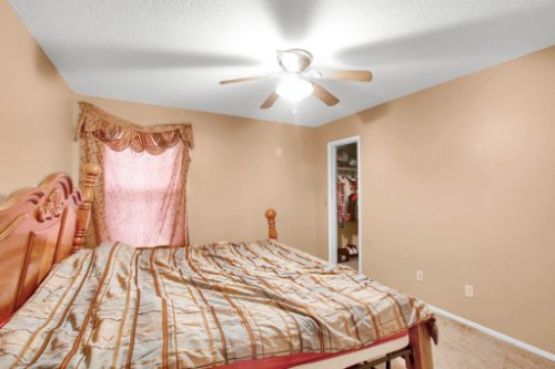 4715-Langdale-Dr--Orlando--FL-32808----27---Bedroom.jpg
