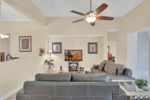 3289-Saloman-Ln--Clermont--FL-34711---09---Family-Room.jpg