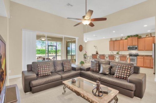 3289-Saloman-Ln--Clermont--FL-34711---11---Family-Room.jpg