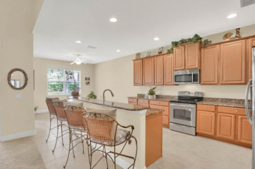 3289-Saloman-Ln--Clermont--FL-34711---13---Kitchen.jpg