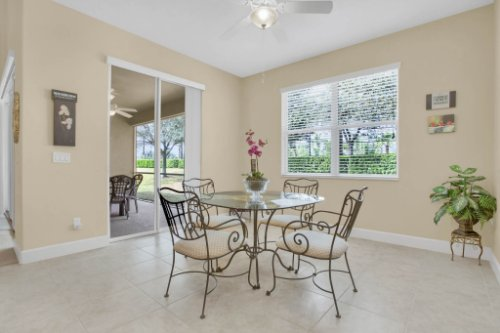 3289-Saloman-Ln--Clermont--FL-34711---16---Breakfast-Nook.jpg