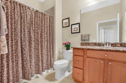 3289-Saloman-Ln--Clermont--FL-34711---27---Bathroom.jpg