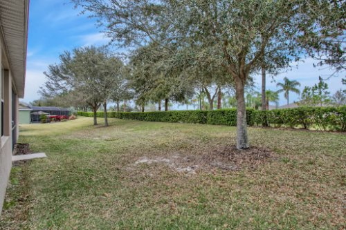 3289-Saloman-Ln--Clermont--FL-34711---31---Backyard.jpg