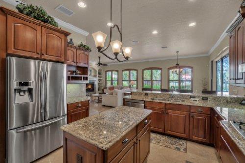 4900-Red-Brick-Run--Sanford--FL-32771----16---Kitchen.jpg