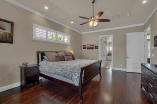 4900-Red-Brick-Run--Sanford--FL-32771----24---Master-Bedroom.jpg