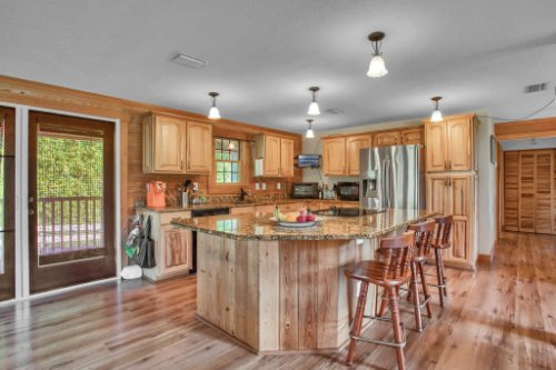 38726-Sulen-Rd--Lady-Lake--FL-32159----12---Kitchen.jpg
