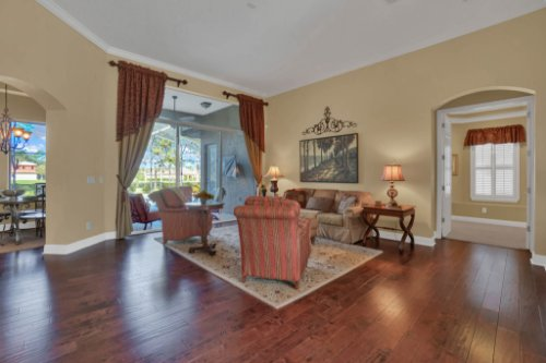 3267-Regal-Crest-Dr--Longwood--FL-32779----10---Living.jpg