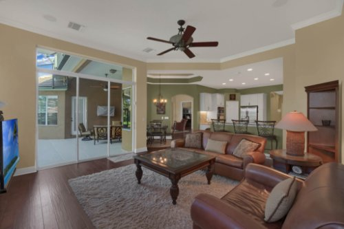 3267-Regal-Crest-Dr--Longwood--FL-32779----14---Family-Room.jpg
