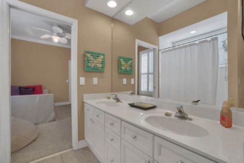 3267-Regal-Crest-Dr--Longwood--FL-32779----28---Bathroom.jpg