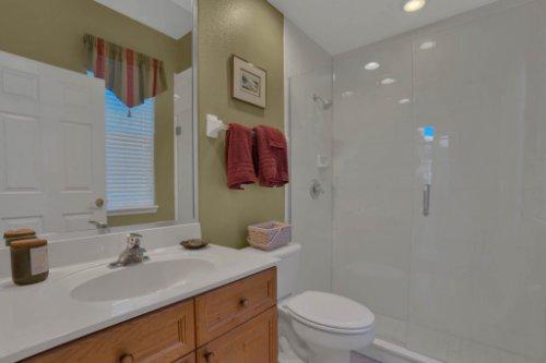 3267-Regal-Crest-Dr--Longwood--FL-32779----31---Bathroom.jpg